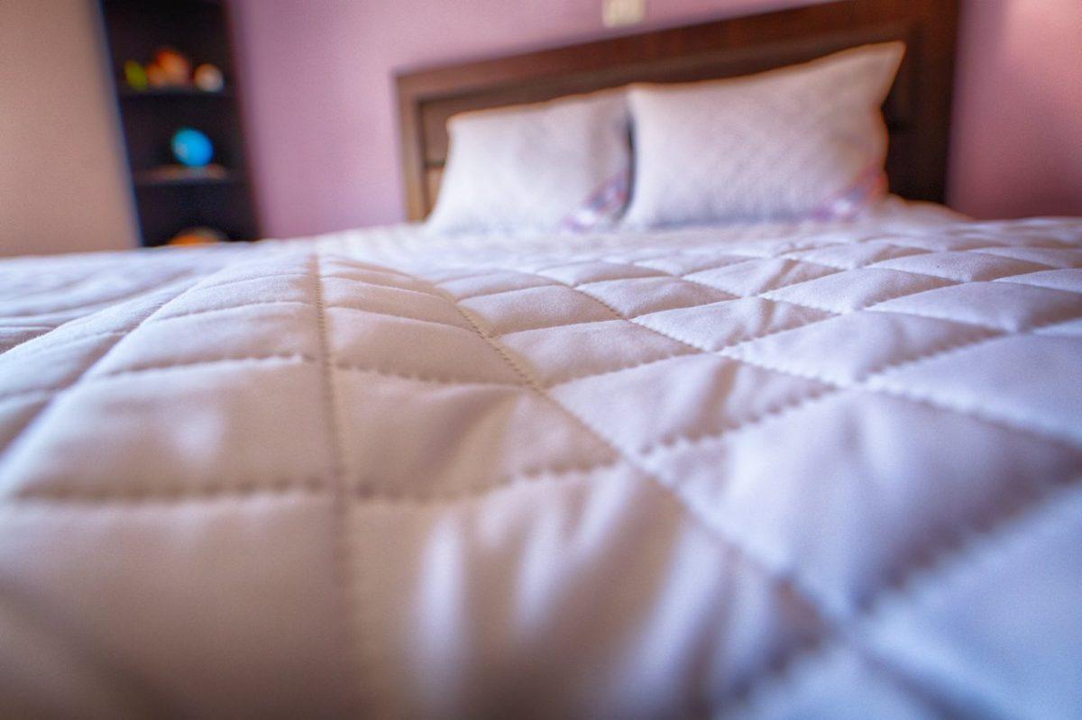 Protectie saltea matlasata Hypo-Alergica cu elastic 160x200 SPSM160
