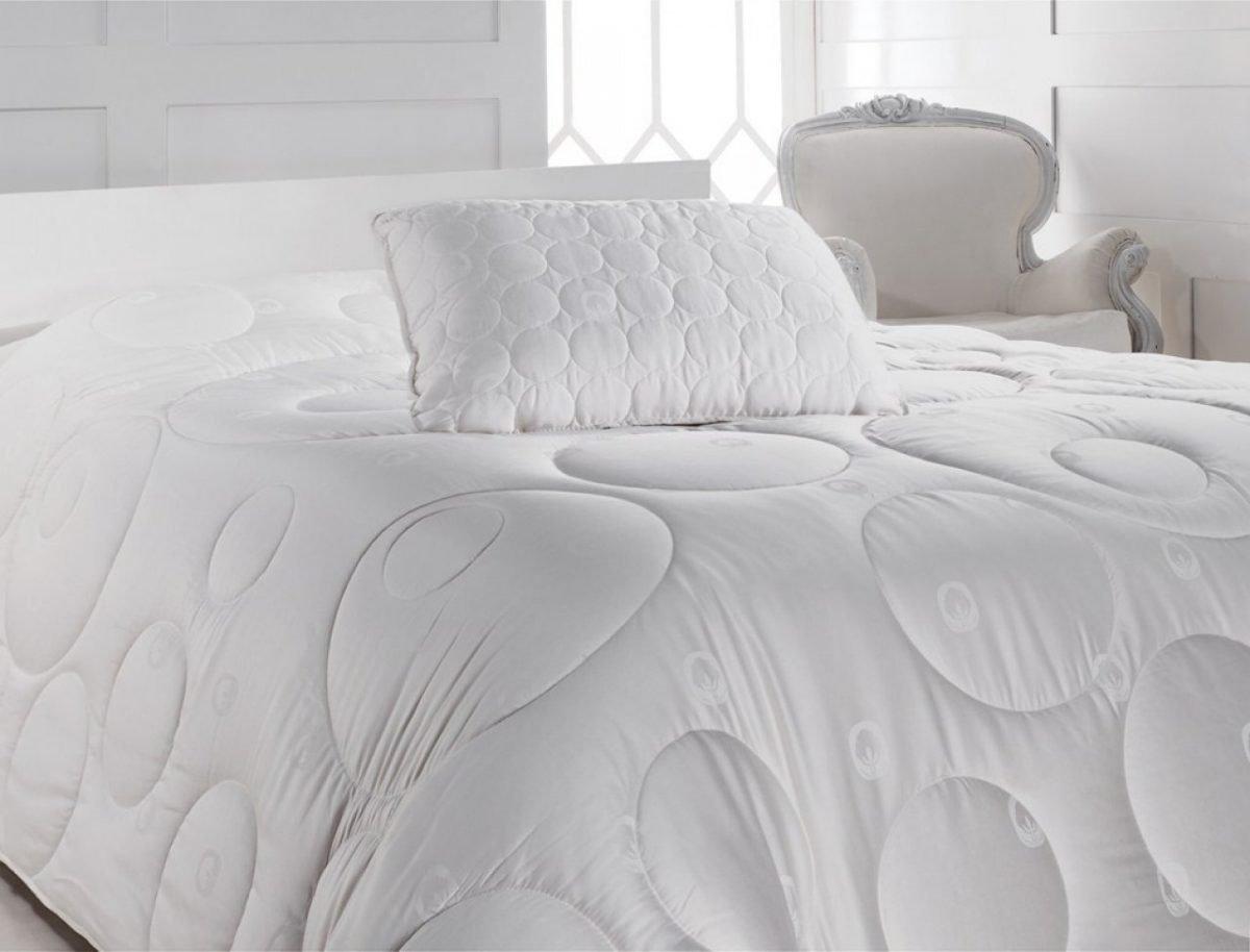 Perna bumbac satinat 50x70 Cotton Box Alb